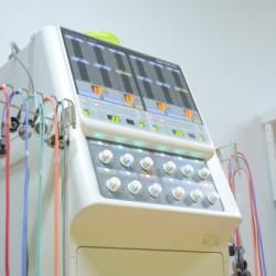 SSP療法器(低周波治療器) スプリア